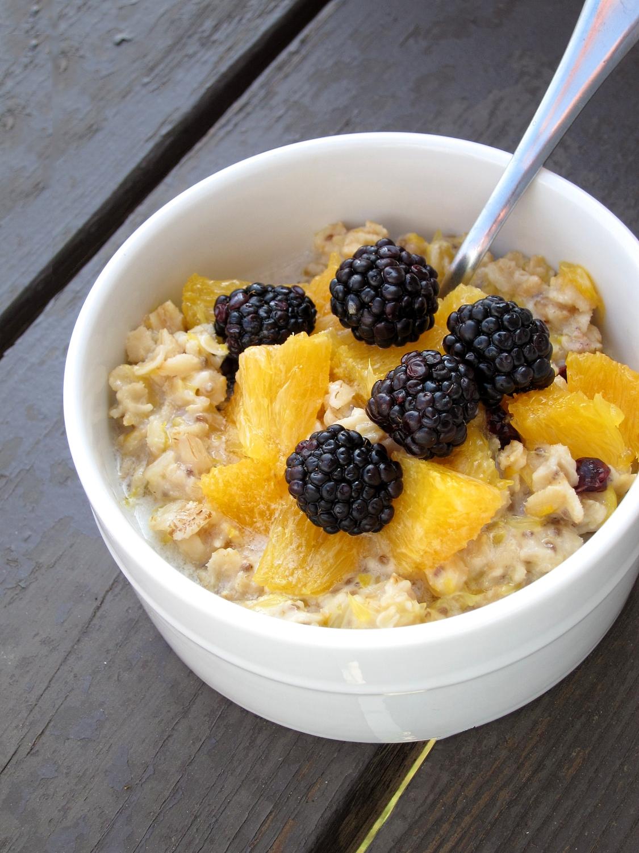 The Oatmeal Artist: Orange Blackberry Oatmeal