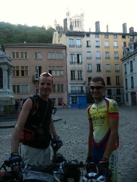 Jeremy et Florent dans les rues du Vieux Lyon