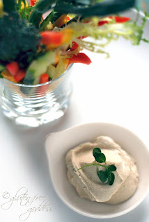 "Raw Cashew ""Hummus"" Dip with Fresh Veggies #vegan #glutenfree"