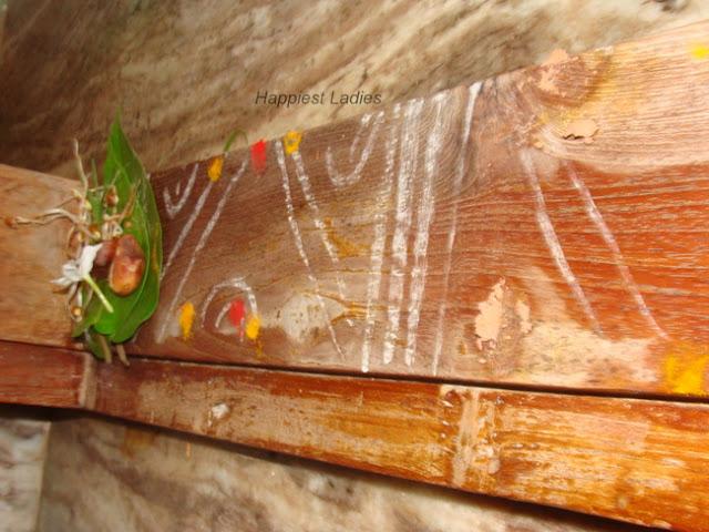 door frame decorated+festivals of india