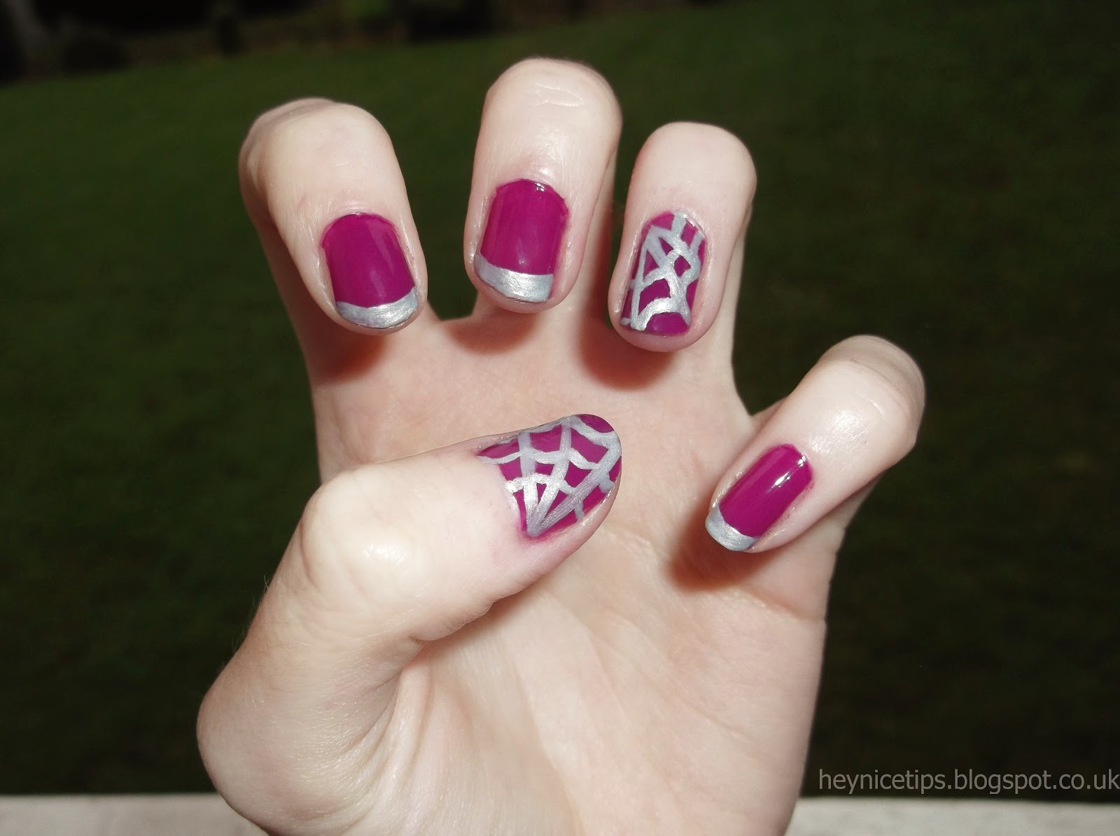 Hey, nice tips!: Spider Web Nails