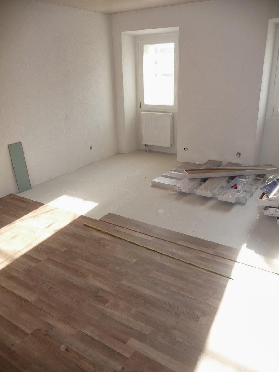 r novations pose du rev tement de sol stratifi. Black Bedroom Furniture Sets. Home Design Ideas