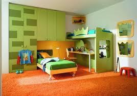 cuarto colorido