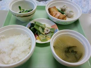 写真:パルス3クール初日の夕食