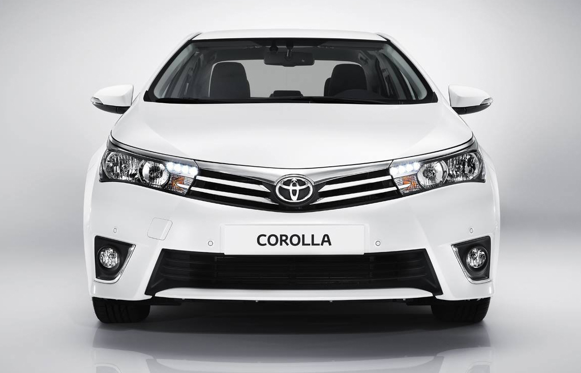 Vroom5000cc All New Toyota Altis A Tough Competitor