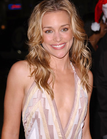 piper perabo. What brings you here, big boy?
