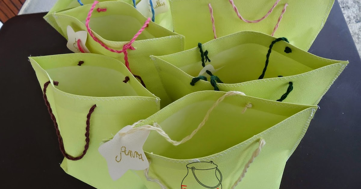 le sewing pot diy invitations et sacs en papier peint recycl s. Black Bedroom Furniture Sets. Home Design Ideas