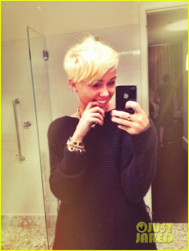 Miley Cyrus Haircut 2012