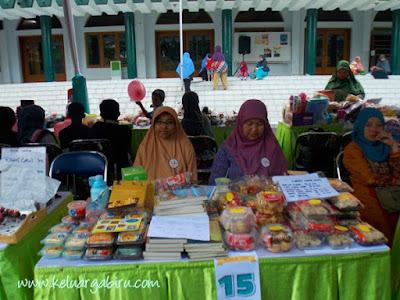 Bazar Milad ke 6 YDSF Malang