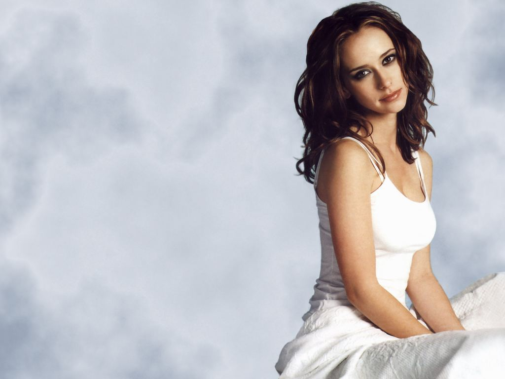 Wallpaper For Hot Love : Jennifer Love-Hewitt Hot Pictures, Photo Gallery & Wallpapers: Sexy Jennifer Love-Hewitt Images