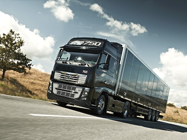 Picture of new Volvo FH