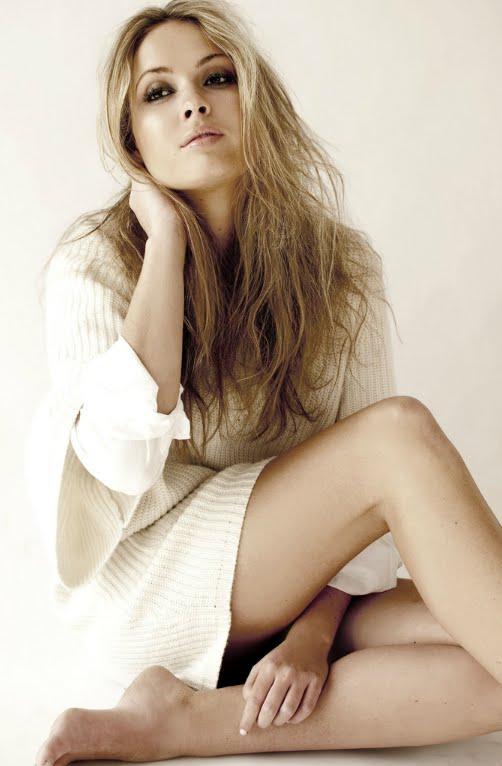 Alize Lily Mounter swimwear photoshoot