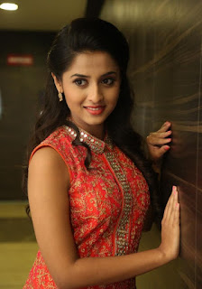 Actress Arthana Latest Stills 8.jpg