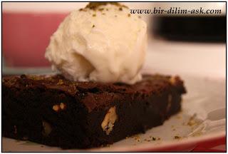 Browni kek nasıl yapılır?