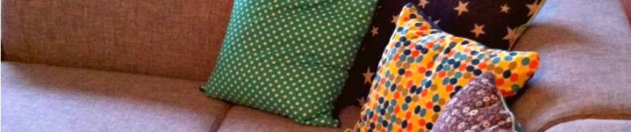 http://pralerier.blogspot.dk/2012/06/nyt-liv-i-stuen-2-sofapuder.html