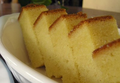 Simple Butter Cake Images : Basic Yellow Butter Cake Recipe   Dishmaps
