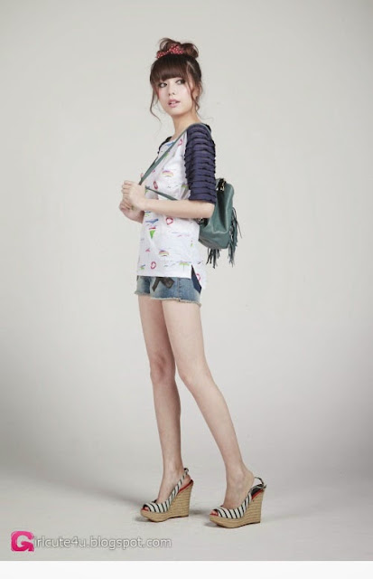 5 Zheng Lu Lu - rossmodel - very cute asian girl-girlcute4u.blogspot.com