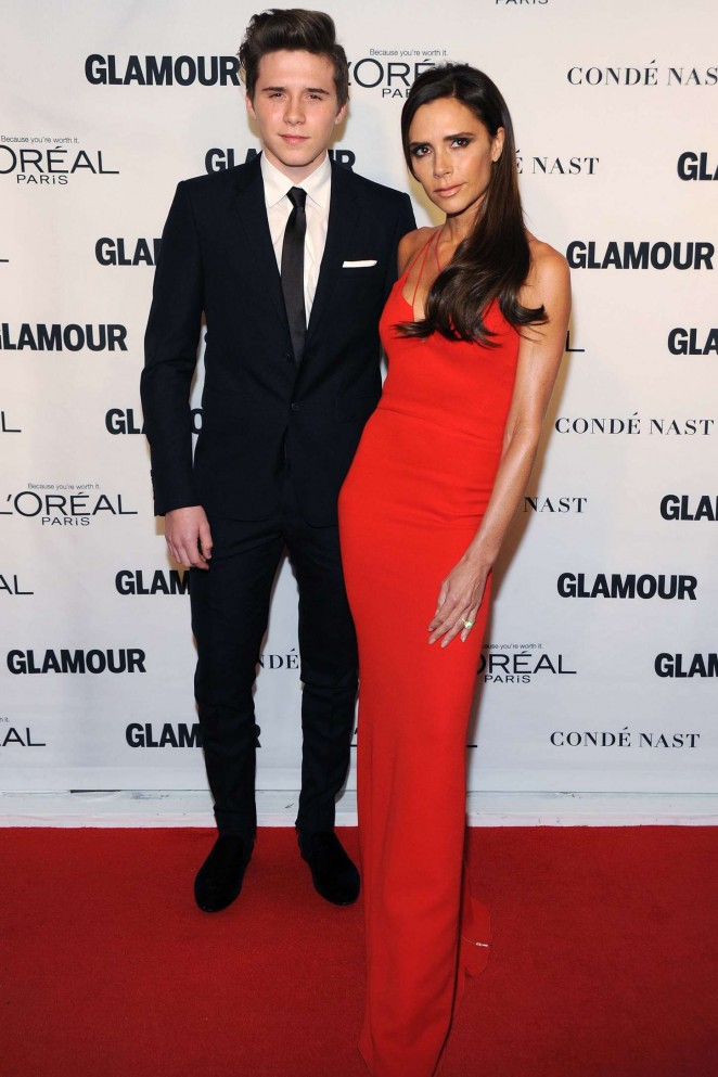 Victoria Beckham wears a slinky red dress to the Glamour Women of the Year Awards