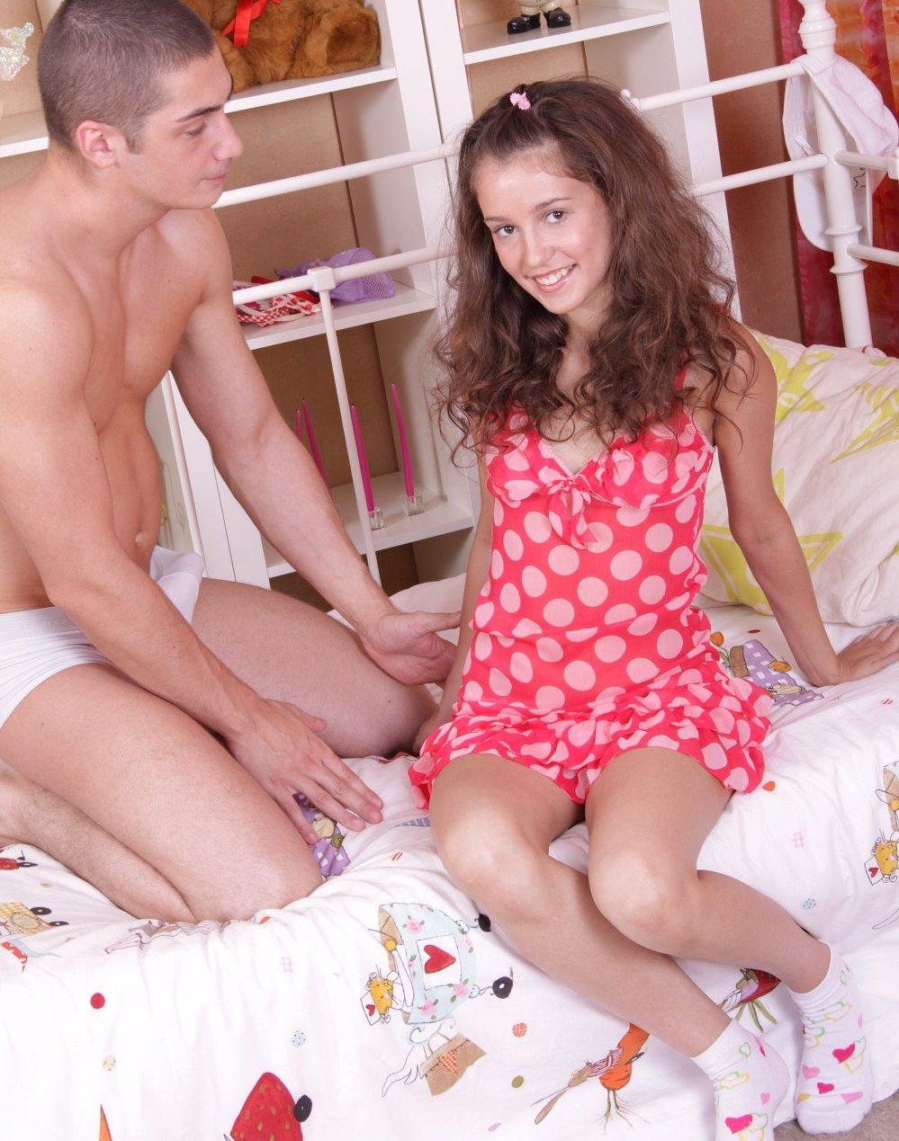 http://2.bp.blogspot.com/-lI2H5P83J9g/TsvcqnoPXhI/AAAAAAAADM8/F_JH75d3Fis/s1600/S10.jpg