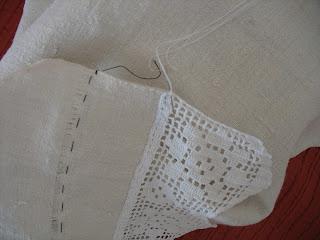 Como pregar renda em lençol