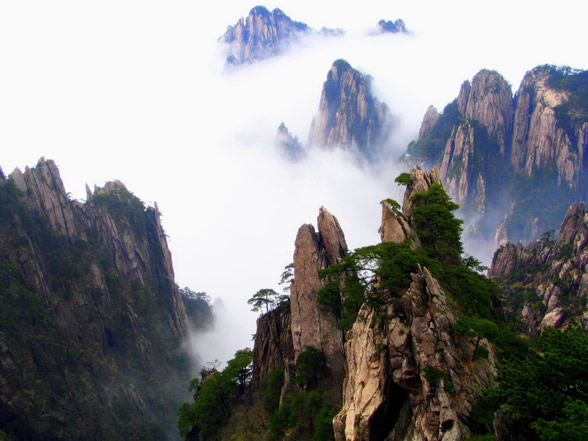 China Yellow Mountain (Huangshan Mountain) | Tourist ...
