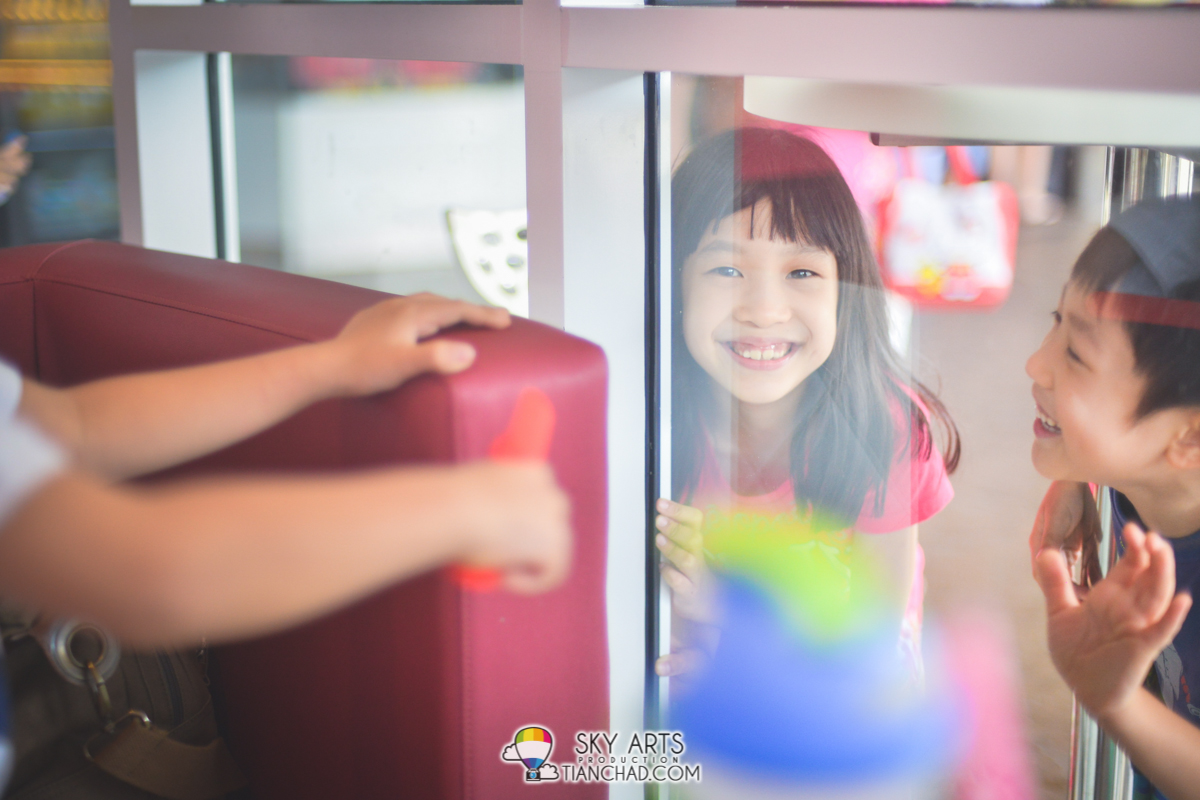 The most important thing about photography is to Capture Precious Moments. *Smile!*