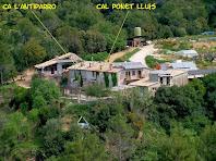 Aproximació fotogràfica a les masies de Ca l'Antiparro i Cal Ponet Lluís
