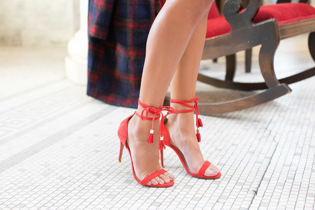 red heels, how to wear red heels, tassel heels