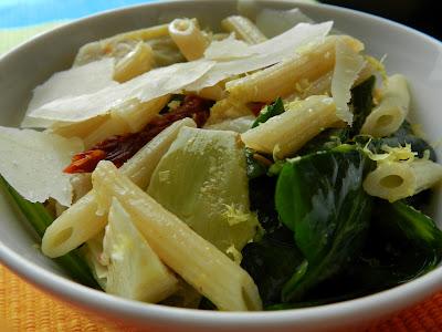 lemony spinach artichoke pasta salad