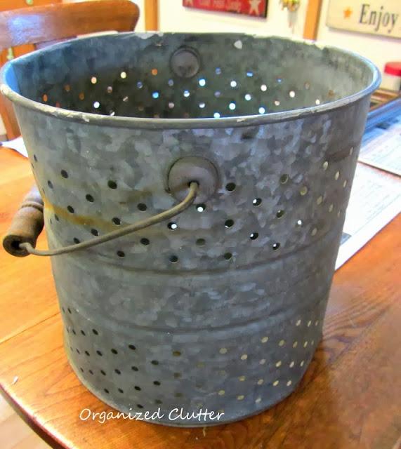 Minnow bucket insert www.organizedclutterqueen.blogspot.com