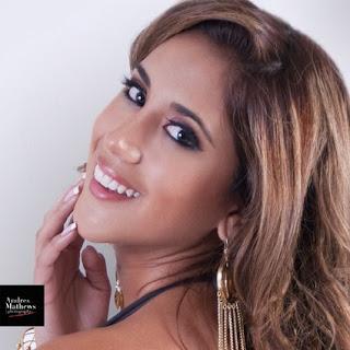 escandalo por fotos semi desnuda de miss peru 2013 meliisa paredes
