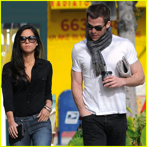 Chris Pine Girlfriend