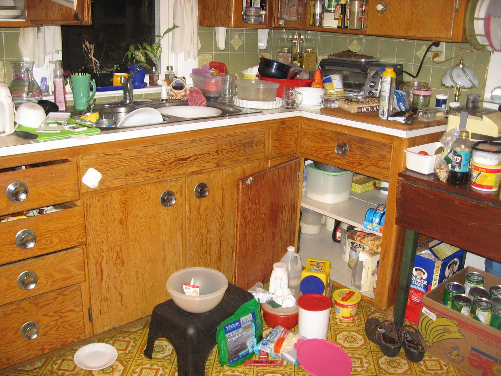 Messy Construction Kitchens : Cards ubylouise and other treasures december