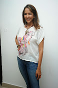 Lakshmi Manchu Latest Stylish Photos-thumbnail-5