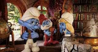 Brainy Papa Smurfette Smurfs 2 animatedfilmreviews.blogspot.com