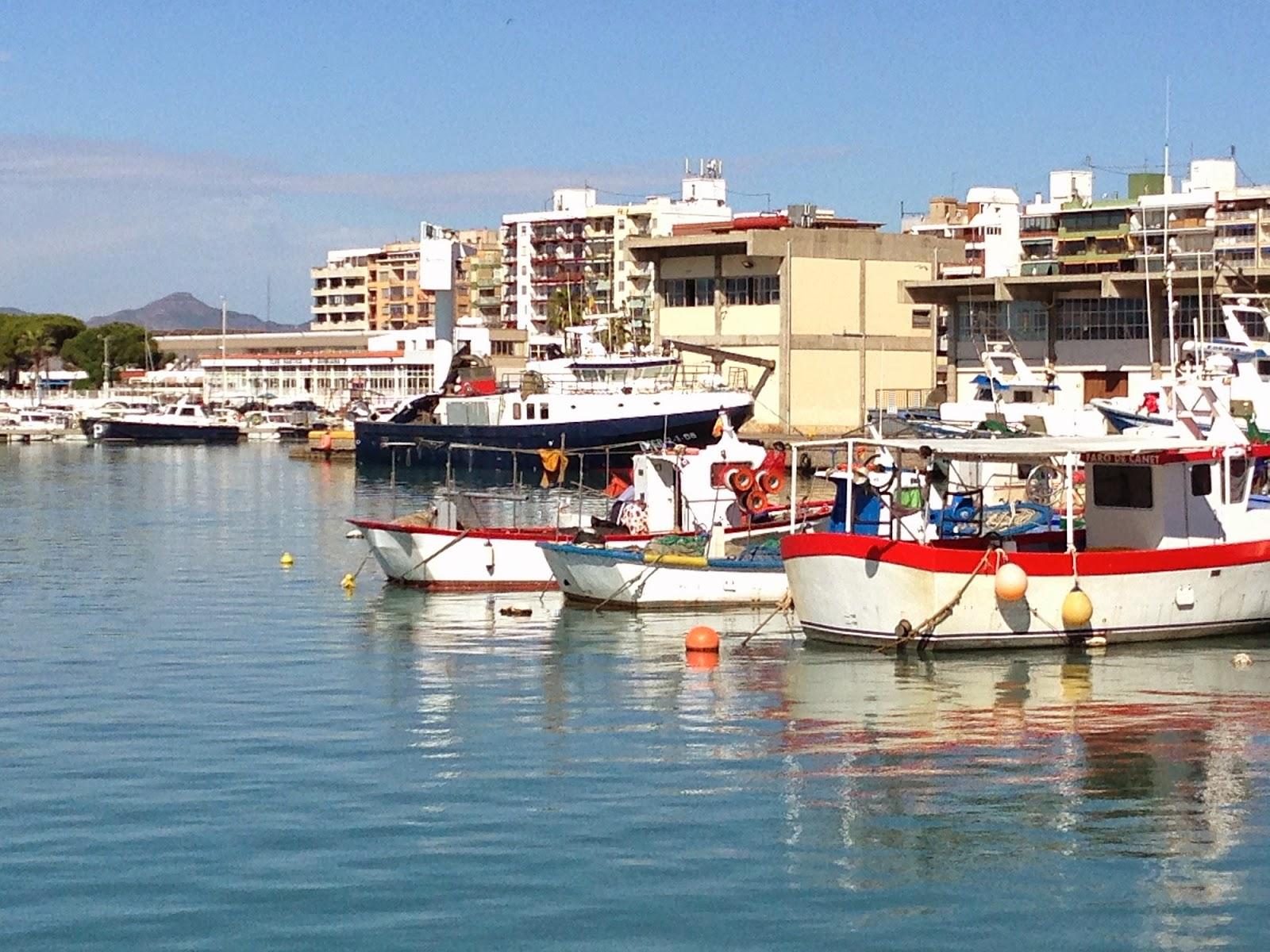 Acuarelas de antonio medina barcas en el puerto de - Puerto burriana ...