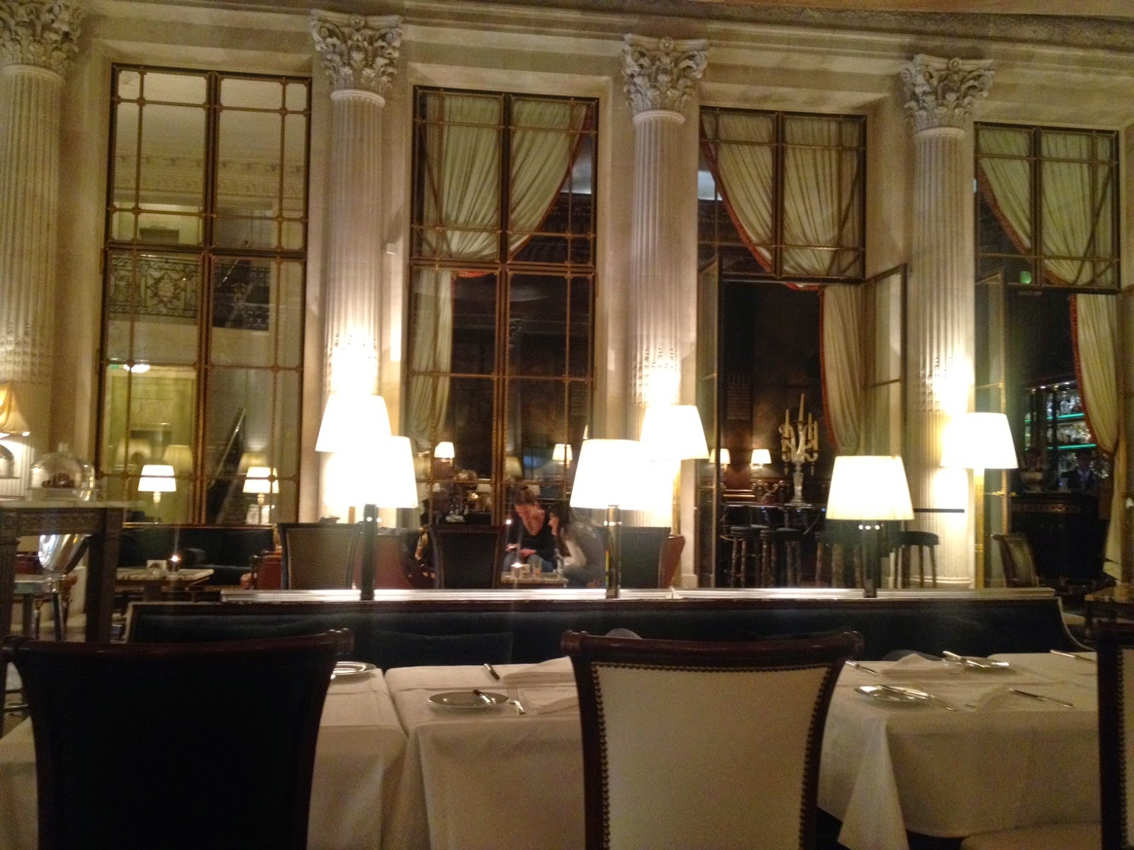 Cozy interior of Le Dali at Le Meurice, Paris