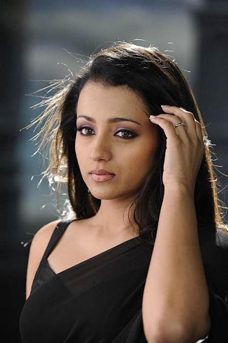 trisha in guard movie black saree , actress pics