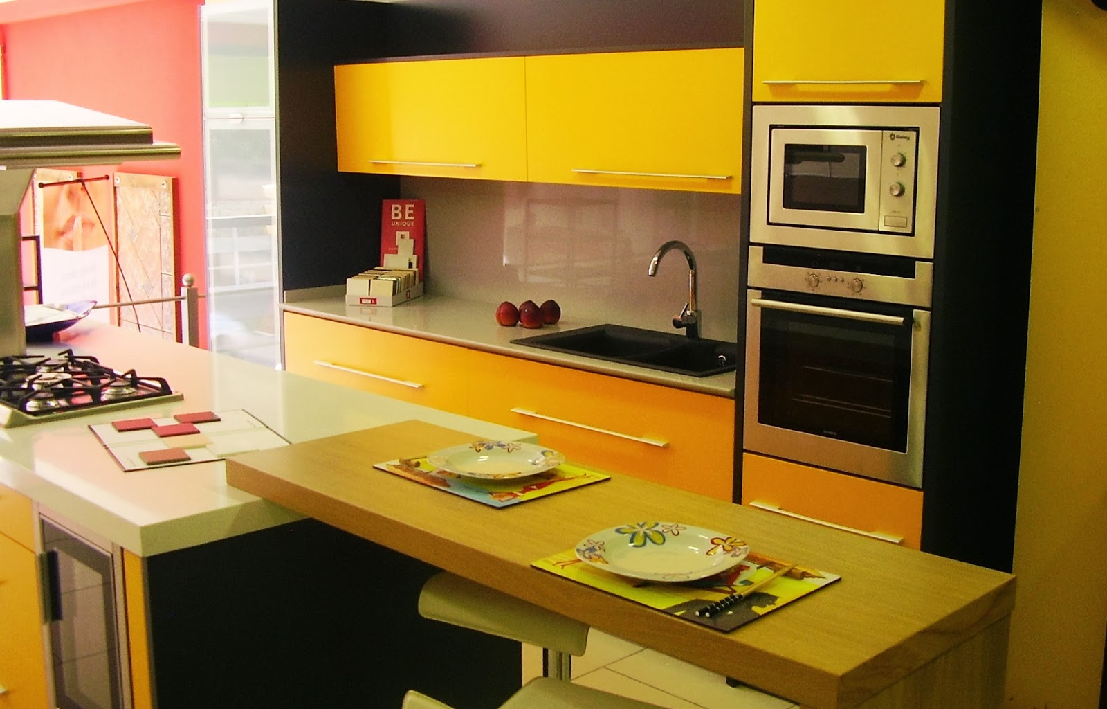 Came 3 ba os y cocinas cocinas de colores - Carta colores silestone ...
