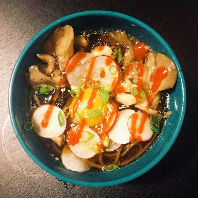 Soba Noodle Bowls | hardparade.blogspot.com
