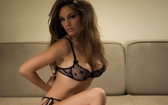 kelly-brook-pics
