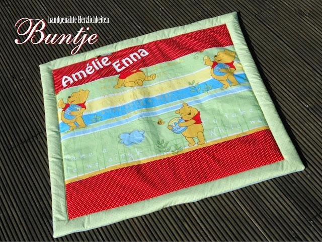 Krabbeldecke Decke Kuscheldecke Baby Name Geschenk Geburt Taufe persönlich personalisiert Mädchen Amelie Enna grün rot Winnie Pooh Disney handmade nähen Buntje