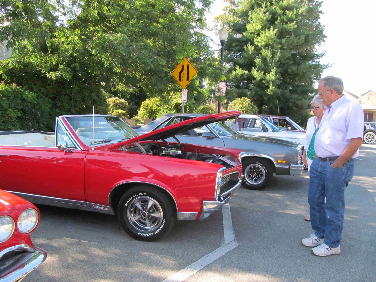 Hillsboro Tuesday Market Car Show