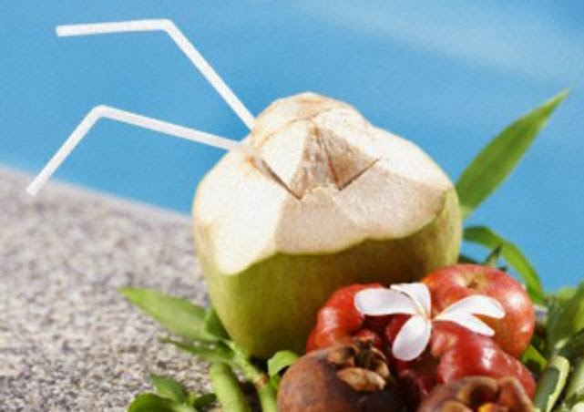 9 Health Benefits of Coconut Water