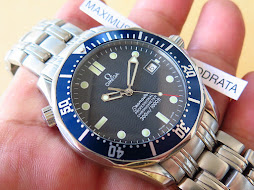 OMEGA SEAMASTER PROFESSIONAL CHRONOMETER 300 METER BLUE WAVE DIAL-OMEGA DIVER JAMES BOND 007 - AUTO