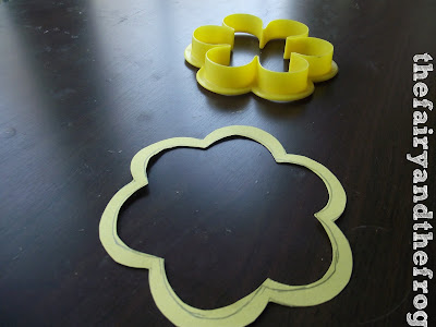cutting flowers shape