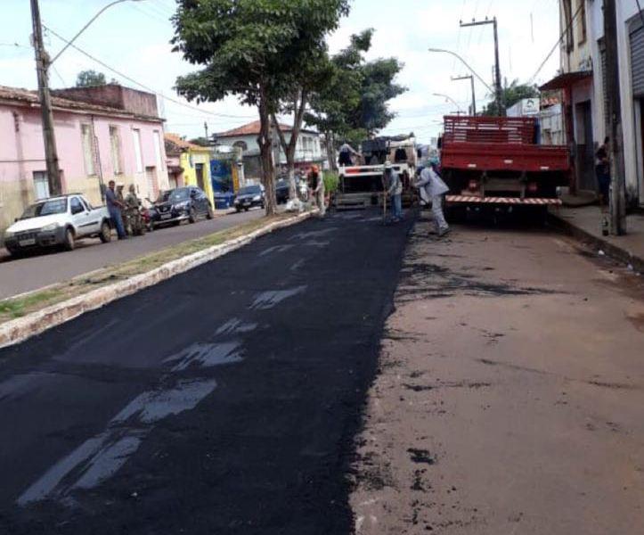 Uma das promessas do Prefeito Luciano, foi o recapeamento asfáltico das ruas da cidade e hoje podem