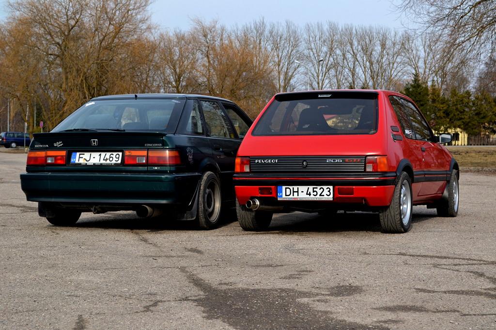 Honda Concerto, Pug, Peugeot 205 GTi, zdjęcia, samochody z lat 90