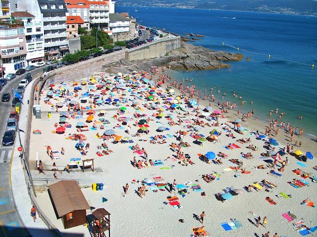 Portonovo Galicia Rías Baixas playa beach