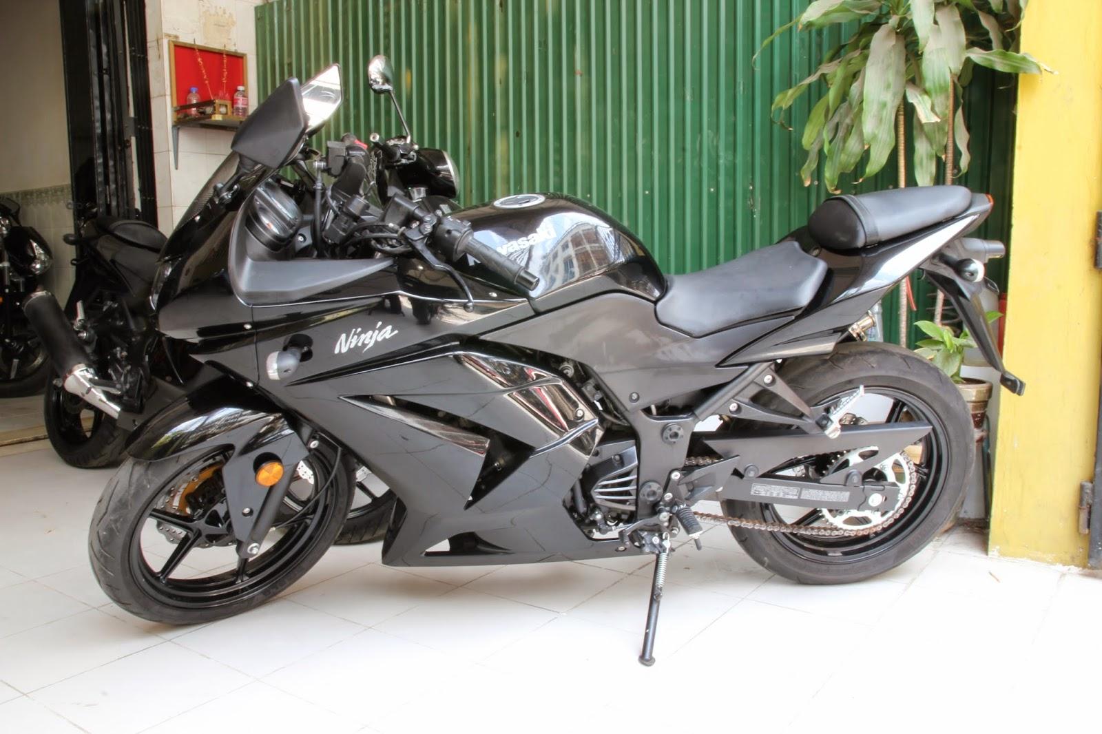 Sold, 2011 Kawasaki Ninja 250R | LuxMotor.blo.com